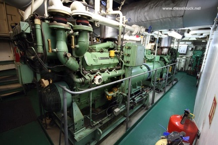 0520-2008.05-DR-Engine-Room.26
