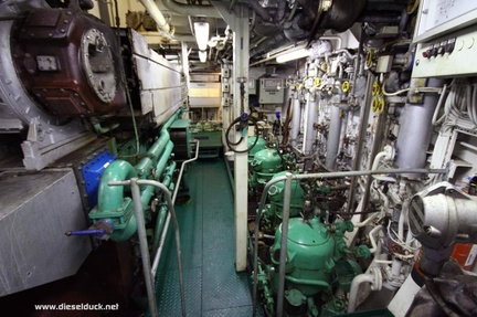 0522-2008.05-DR-Engine-Room.32