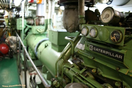0517-2008.05-DR-Engine-Room.08