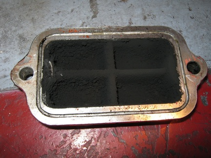 Detroit carbon air box.1